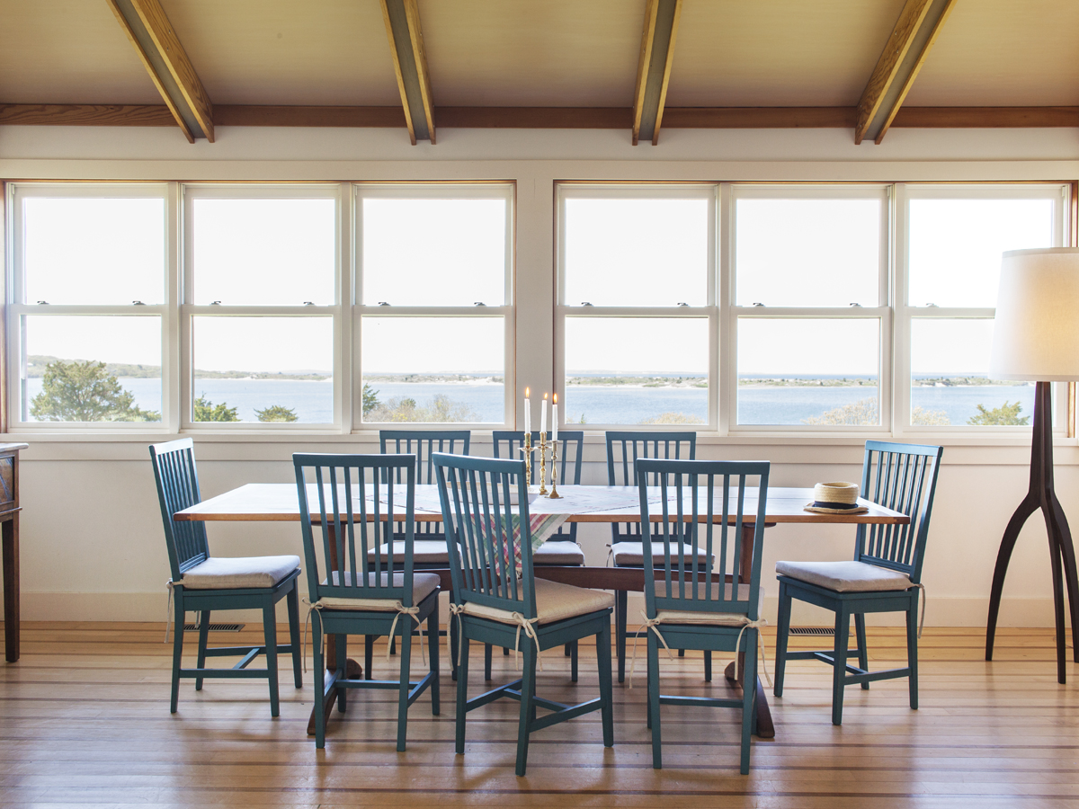 6_Kate MaloneyInteriorDesign_MarthasVineyard_Dining Room